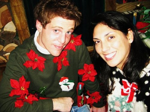 Christmas_sweaters_2